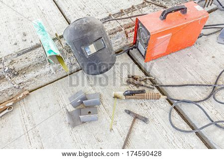 Inverter welding machine welding equipment welding mask welding electrodes high voltage wires with clips set of accessories for arc welding.
