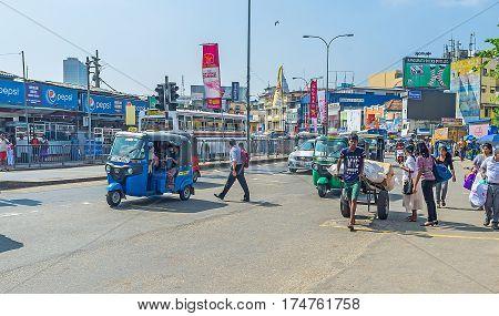 The Noisy Streets Of Colombo