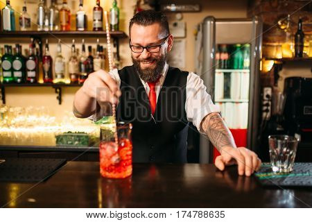 Attractive alcoholic drink preparation show