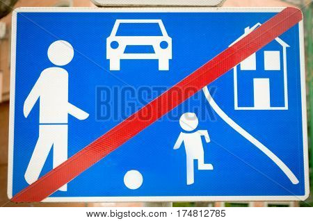 Traffic sign indicating that you are leaving the area where the kids are, Novi Sad, Serbia