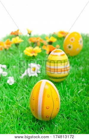 Frühjahrsdekoration Mit Ostereiern Und Blumen