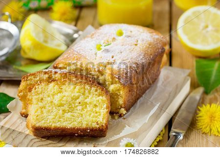 Sweet lemon sponge cake with powdered sugar