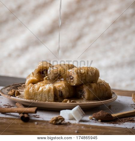 Rolled Baklava Turkish Delight Sweets Hazelnut Dessert Dripping Sugar