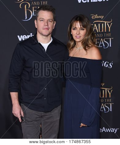 LOS ANGELES - MAR 02:  Matt Damon and Luciana Barroso arrives for the
