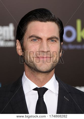 LOS ANGELES - MAR 12:  WES BENTLEY arrives for the