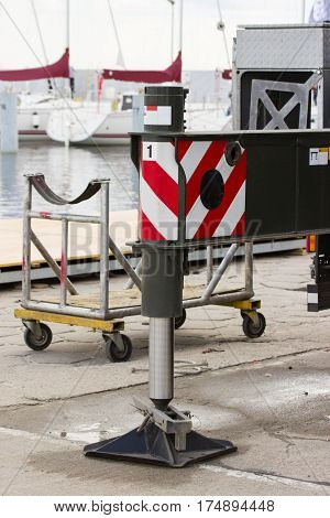 Hydraulic and pneumatic parts of crane for construction technology