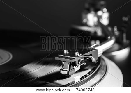 vintage high end turntable in action close up