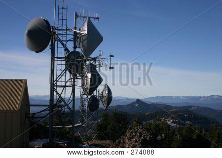 Torre de telecomunicaciones 02