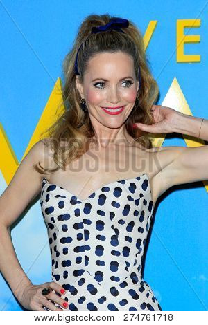 LOS ANGELES - DEC 10:  Leslie Mann at the