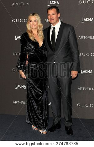 LOS ANGELES - NOV 3:  Molly Sims, Scott Stube at the 2018 LACMA: Art and Film Gala at the Los Angeles County Musem of Art on November 3, 2018 in Los Angeles, CA