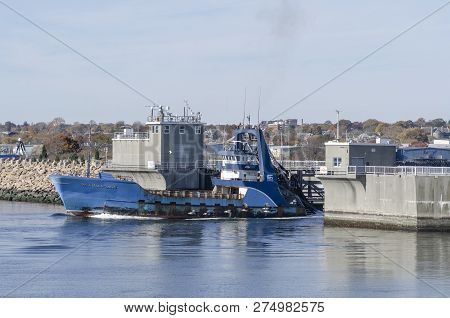 New Bedford, Massachusetts, Usa - November 4, 2018: Commercial Fishing Vessel Sea Watcher I Clearing
