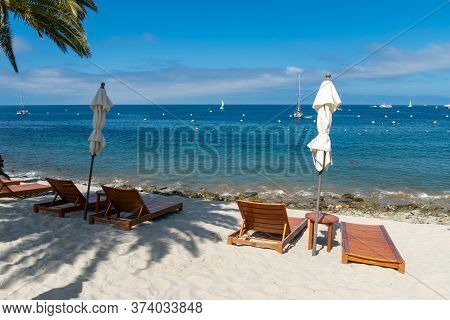 Descanso Beach Club, Santa Catalina Island. Usa, Famous Tourist Attraction In Southern California, U