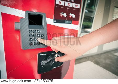 Automatic Sell Vending Machine For Food And Beverage Industry, Woman Hand Pressing Button Number On