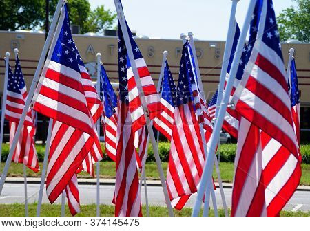 Millsboro, Delaware, U.s.a - June 29, 2020 - The Display Of American Flags On Route 24