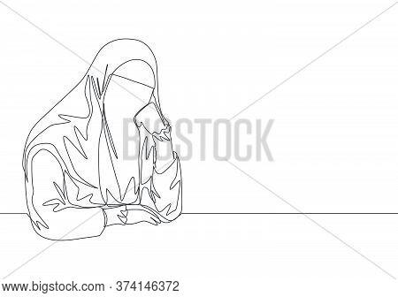 Single Continuous Line Drawing Of Young Pretty Saudi Arabian Muslimah Wearing Burqa And Pensive Seri