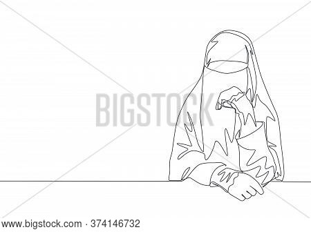 One Single Line Drawing Of Young Happy Beauty Saudi Arabian Muslimah Wearing Burqa And Sitting On Ch