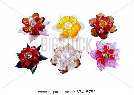 ein Handwerk Glasperlen Kristall Blume geformt Brosche