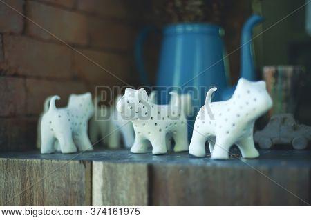 Modern Art Ceramic Gallery In Tao Hong Tai.