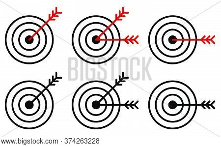 Set Of Arrow Icons Hit The Middle Of The Target. Accurate Shot. Achieving A Goal In Business. Isolat