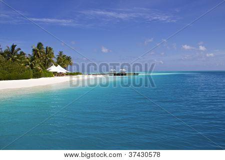 white beach at the Maldives