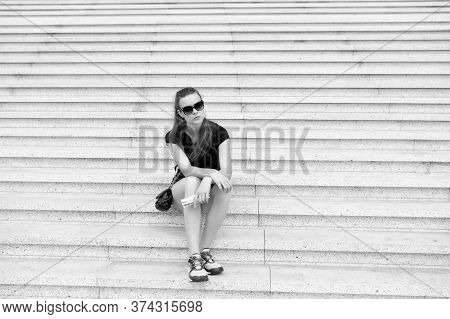 Tourist Guide Sightseeing Excursion. Vacation Ideas. Vacation In Big City. Woman Relaxing. Museum Op
