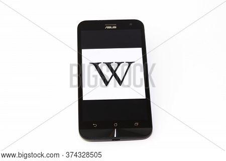 Kouvola, Finland - 23 January 2020: Wikipedia App Logo On The Screen Of Smartphone Asus