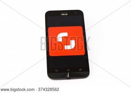 Kouvola, Finland - 23 January 2020: Shutterstock App Logo On The Screen Of Smartphone Asus
