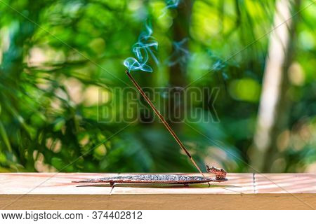 Aromatic Incense For A Favorable Atmosphere, Meditation Sticks