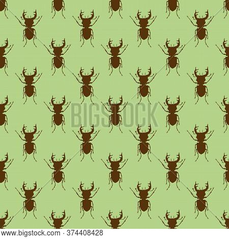 Seamless Pattern With Stag Beetles On A Green Backdrop. Beetles On The Background. Wallpaper With Bu