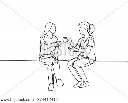 Single Continuous Line Drawing Of Two Young Female Worker Have A Casual Chat Over Drink Coffee Durin