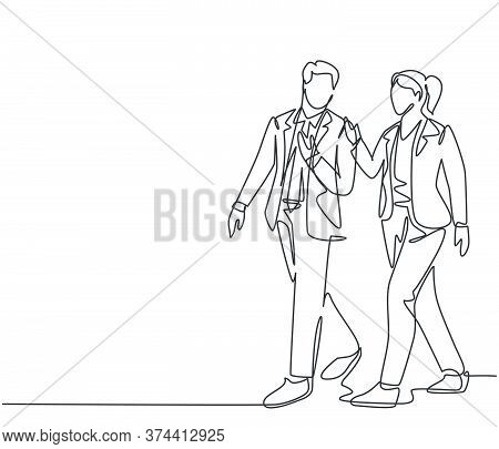One Single Line Drawing Of Young Couple Male And Female Employees Discussing New Strategy Plan To Wr