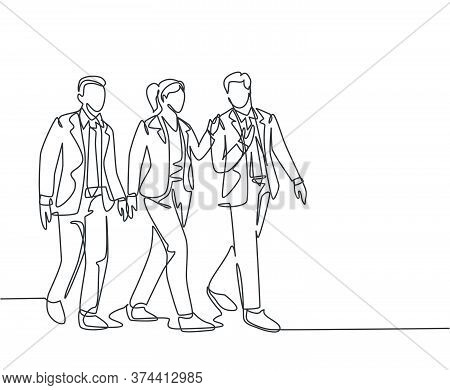 One Continuous Line Drawing Of Young Male And Female Managers Talking And Walking Together On Office