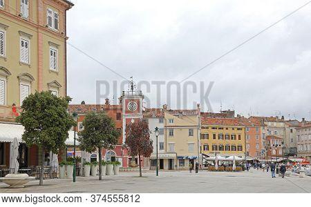 Rovinj, Croatia - October 15, 2014: Colorful Houses At Picturesque Town Square In Rovinj, Croatia.