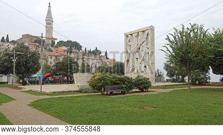 Rovinj, Croatia - October 16, 2014: War Memorial Monument For Fallen Soldiers And Victims Of Fascist