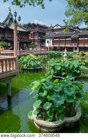 Shanghai / China - July 29, 2015: Yuyuan Garden, Classical Chinese Garden In The Old City Of Shangha