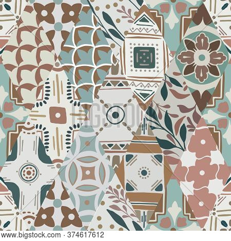Colorful Floral Seamless Ornate Pattern In Brown Color