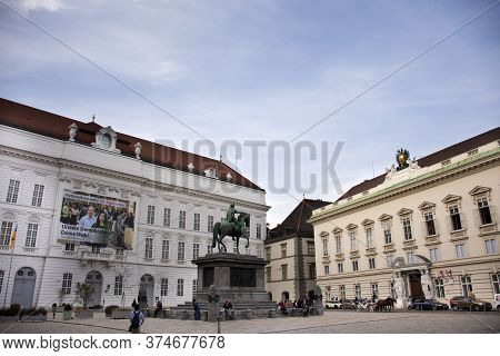 Austrians People And Foreign Travelers Walking Travel Visit Court Library Or Hofbibliothek Entrance