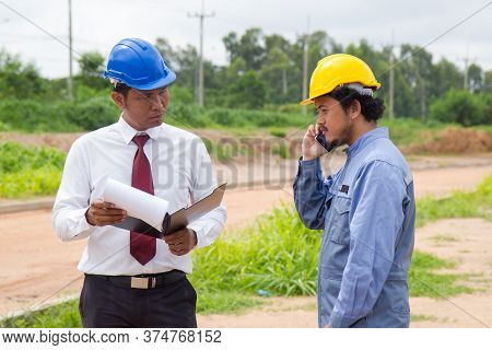 Inspector Complaint Supplier Wrong Material. Businessman And Engineer Calling To Supplier Company To