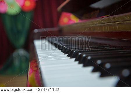 Piano Presses . Piano Keys Close Up. Musical Instrument . Select Focus And Soft Focus.close-up Of A