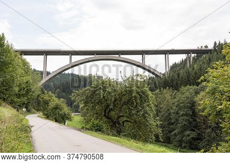 Bridge In The Middle Of The Green - Arch Bridge In Rural Surroundings, Forest