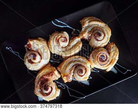 Cinnamon Rolls, Delicious Hot Homemade Cakes. Sweet Rolls For Breakfast