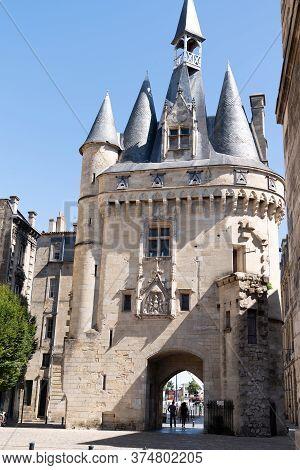 Bordeaux , Aquitaine / France - 03 03 2020 : La Porte Cailhau Medieval Gate Door Mediaeval Ancient C