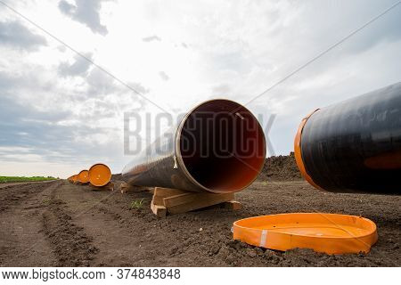 Construction Works For Gas-transmission Pipeline For Export Russian Gas To Central European Countrie