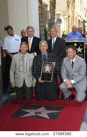 LOS ANGELES - OCT 1: Mark Harmon, Leron Gubler, Les Moonves at a ceremony as Mark Harmon is honored with a star on the Hollywood Walk of Fame on October 1, 2012 in Los Angeles, California