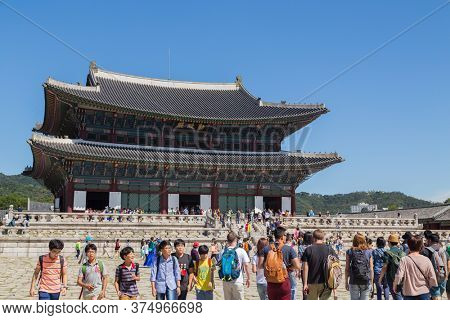SEOUL, KOREA - September 17, 2015: Gyeongbokgung palace with a lot of people and, Seoul, South Korea.