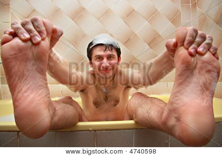 Beauty Guy In The Bath
