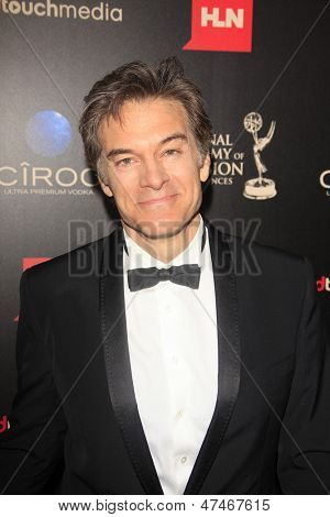 BEVERLY HILLS - JUN 16: Dr. Mehmet Oz at the 40th Annual Daytime Emmy Awards at The Beverly Hilton Hotel on June 16, 2013 in Beverly Hills, California