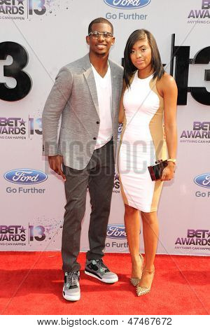 LOS ANGELES - JUN 30: Chris Paul, Jada Paul at the 2013 BET Awards at Nokia Theater L.A. Live on June 30, 2013 in Los Angeles, California