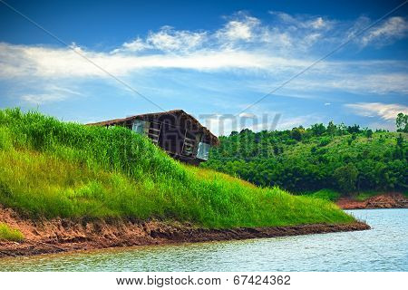Old Wreck Boathouse