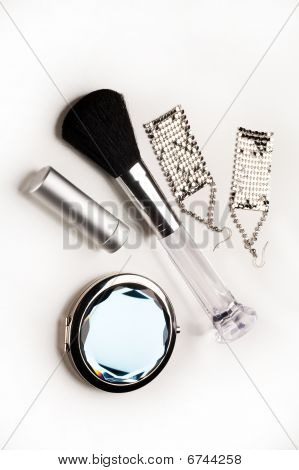 fashion and beauty accessories